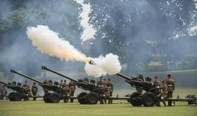 Airborne Gunners fire Royal Salute in Colchester