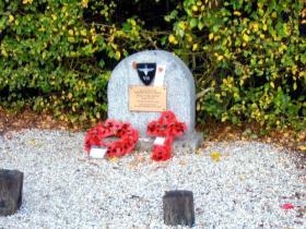 Memorial to Arthur Platt and Tom Billington, 8th Bn.
