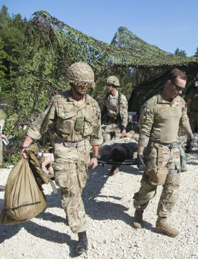 British and US airborne medics operate together
