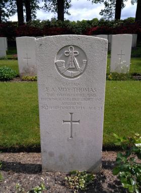 Grave of Edward A Moy-Thomas. Arnhem Oosterbeek War Cemetery.