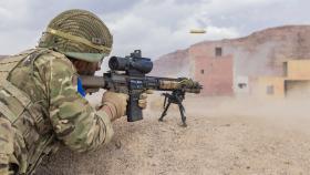 Paratroopers test their desert skills in Jordan