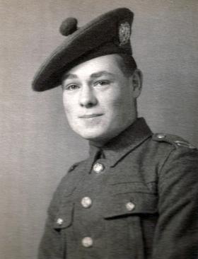 Noel Brady. London Scottish, 1938-39.