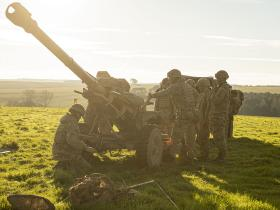 7 PARA RHA demonstrate helicopter skills on Exercise Precise Manoeuvre
