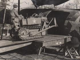 Tractor Crawler class V Clark