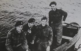 4 Escapers of 1 Para Sqn RE 23 Sept 1944
