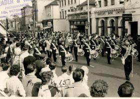 1 Para marching through Aldershot
