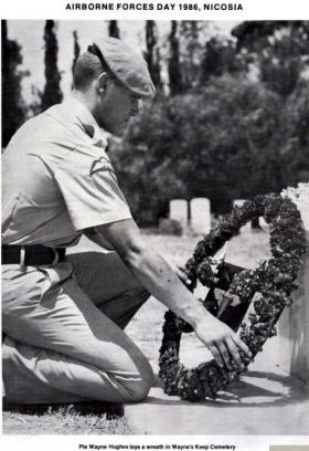 Pte Wayne Hughes A Coy 3 Para - Wreath laying at Wayne's Keep Cemetery ABF Day 1986