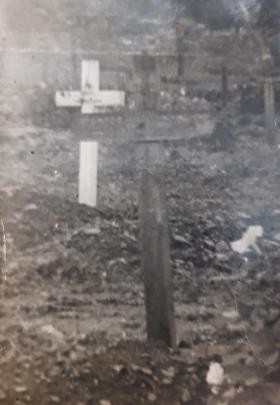 Field grave for Norman Scott, Bure, Belgium