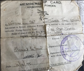 Airborne forces membership card for Sgt TE Jones 1946