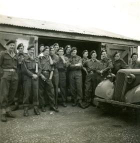 Lt R Todd 7 Para Bn Bulford. Circa 1944