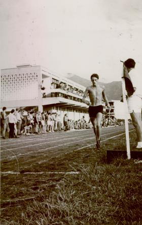 Erwin Haley running against 2 Para on track, Hong Kong 1968