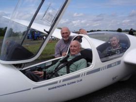 Maj Sim MC in Glider
