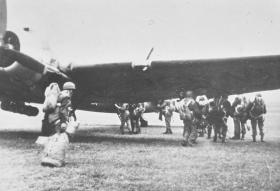 Members of 6th Para Bn emplaning a Dakota probably for Ex Longstop 1947