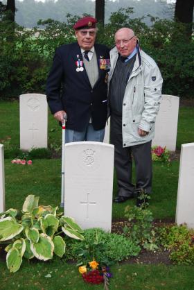 Harold Padfield and Wim van Zanten, Oosterbeek War Cemetry, behind the grave of Cpl Simpson.