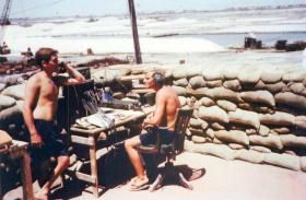 Cpl Tom Speakman (Royal Signals) and Pte Kevin Bacon (RAMC), 1 PARA, Aden 1967.