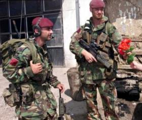 Members of 1 PARA, Operation Agricola, Kosovo, 1999.