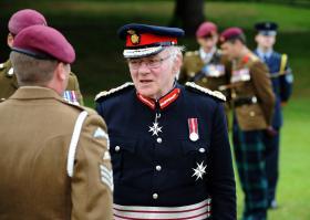 Lord Petre inspects members of 7 PARA RHA, 15 June 2013.