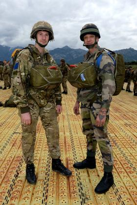 2 PARA's Cpl Oliver Stokes (left) and Chief Sgt Pia Lorenzo of 2e REP (right), Exercise BLUE LEGIONNAIRE, January 2014.