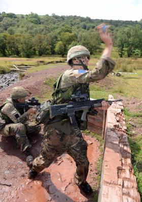 Ex Bruneval Assault: Paratroopers go back to basics, 2014.