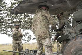 Reservists pair with Airborne gunners on Exercise Cypher Strike, 7 PARA RHA, Sept 2016.