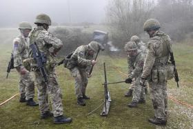 Exercise Pegasus Bluebell, Airborne REME, 6 December 2016.