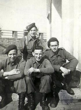 Members of 4th Parachute Battalion, Rome c1945.