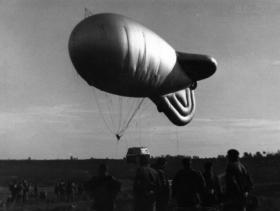Early morning balloon drops by 289 Para Regt RHA (TA), October 1964