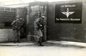 Andy Warner, Steve Lewis,'Taff' Pearce, B Coy, 1 PARA, South Armagh, 1978.
