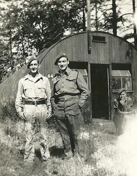 Two members of 4th Parachute Battalion, c1943.
