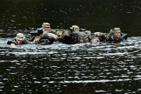 Paras take on gruelling Army test. 2 PARA, October 2013.