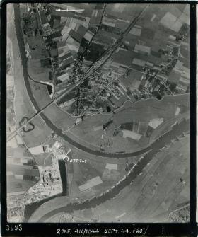 Aerial photo showing the railway bridge of Westervoort on the east side of Arnhem, 1944.