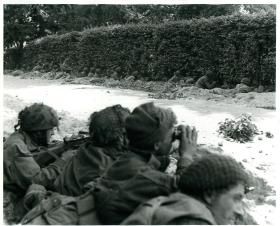 C Company Border Regiment take up positions against the Germans on the Oosterbeek perimeter.