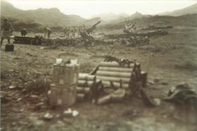 105 Howitzers of 3rd Royal Horse Artillery, Thumier Airfield, Aden, 1964