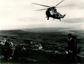 Sea King resupply 2 PARA on Sussex Mount.