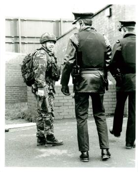 Joint Parachute Regiment and RUC foot patrol.