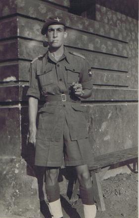 Photo of Lt Geoff Otway given to Pte Bingham when he left, c1946.