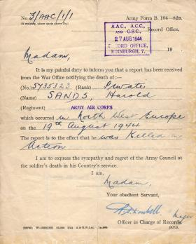 Army Form B. 104-82B to inform family of Pte Harold Sands death, 1944