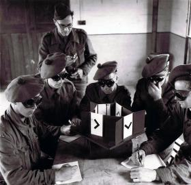 Recruits taking a night vision test at Hardwick Hall, early 1940s.