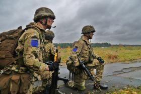 Soldiers from 2 PARA on Exercise Blue Raider, Woodbridge, Nov 2013.