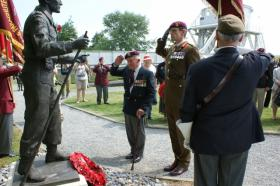 Laurie Wheeden and General Hill CBE at the 71st Anniversary Commemorations in Normandy, 5-7 June 2015.