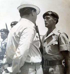 Defence Secretary, Denis Healey and Private Graham Lockwood,2 PARA, Bahrain, 1966.