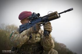 A member of the Parachute Regiment demonstrating an upgraded Laser Light Module Mk 3 mounted on the SA-80 Mk2.