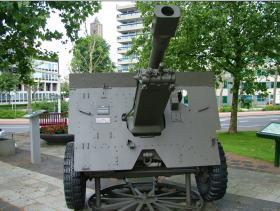 Restored (Ordnance QF) 25 pounder howitzer standing in Arnhem, 2009