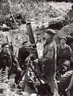 289th Parachute Light Regiment, Royal Artillery (TA) with 4.2 mortar, Thetford PTA, c1957.