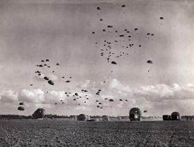 3 PARA exiting Dakotas,  Thetford Norfolk, 1951.