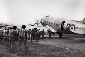 B Coy, 3 PARA, emplaning for a jump at Thetford, Norfolk, 1951