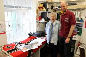 Visit by Mrs Daisy Willis, widow of Pte Victor Willis, formerly 1st Parachute Battalion, 28 June 2013.