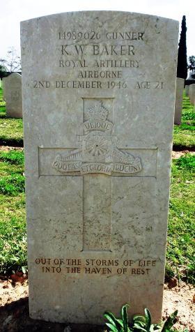 Grave of Gnr Kenneth W Baker, Ramleh War Cemetery, Israel, 2015.
