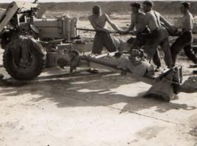 3 PARA cleaning anti-tank guns in the Canal Zone, Operation Rodeo, 1952.