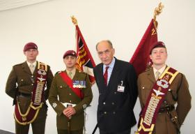 SOPARA 08 -  4 PARA Ensigns with Gen Sir Mike Jackson